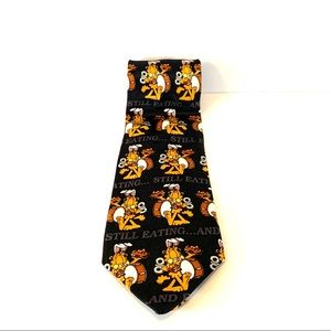3/$20 Vintage Garfield energizer bunny tie